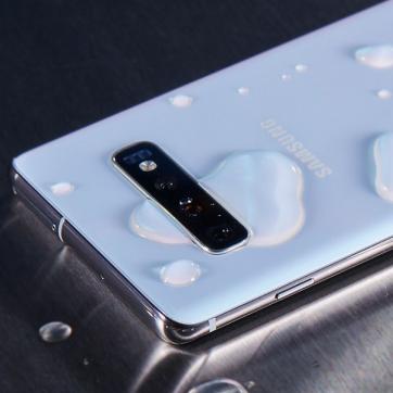 Telefon, który nie boi się wody
